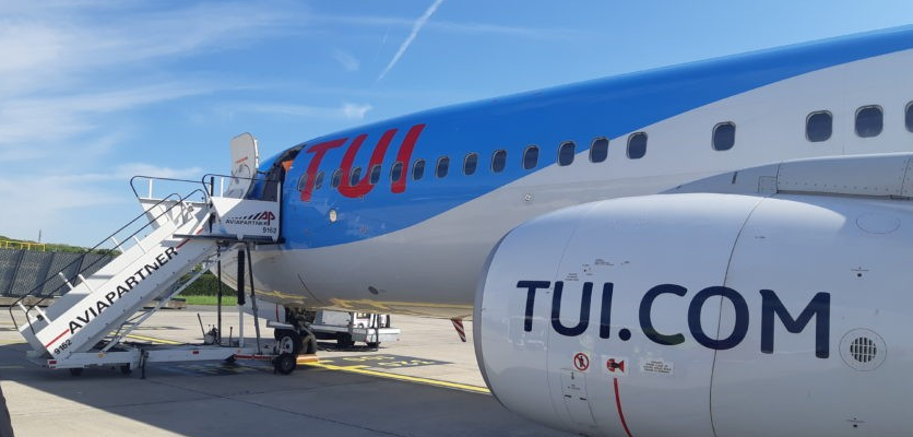 embarquement avion tui fly