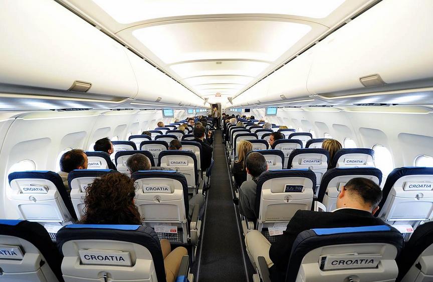 intérieur avion croatia airlines
