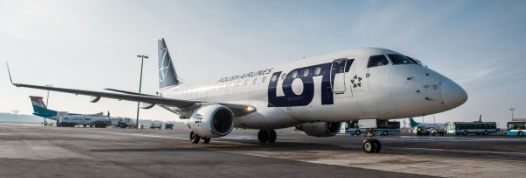 Avion LOT Polish